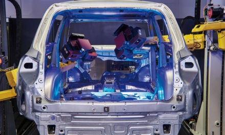 Automatisk 3D-scanning av bilkarosser