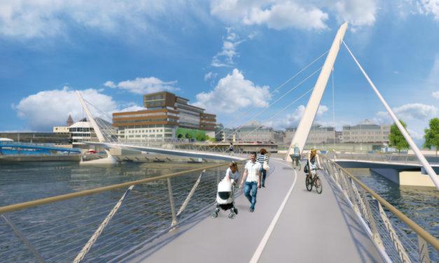 Belysta designade broar vår tids stadssymboler