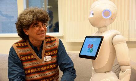 Kulturellt kompetenta robotar är framtiden inom äldrevården