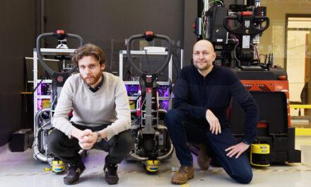 Självständiga lagerrobotar som arbetar med människor