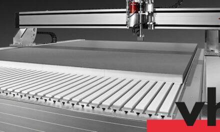 Signcom tar in fräsmaskiner från tyska vhf camfacture AG.