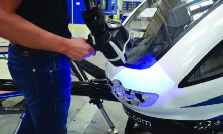 Ultrasnabb 3D-scanning med vitt ljus för Hexagons Absolute Arm