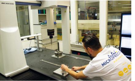 MICROPRECISION STREAMLINAR CNC PROGRAMMERING MED CAM