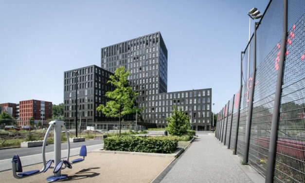 Ursem Sets Record with the Netherlands' Tallest Modular Building: The FIZZ Spartaan Amsterdam West